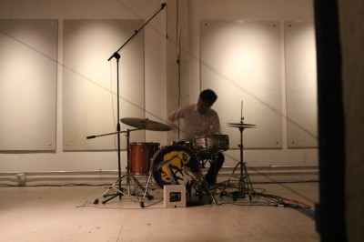 Eli Keszler performing at the Post Family Gallery on November 16, as part of Lampo's 2013 series of events.